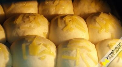 Cheesy Soft Bun